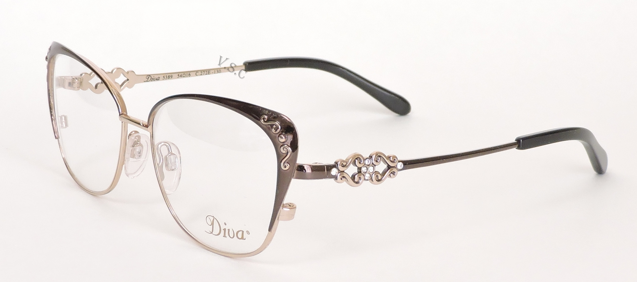 DIVA 5389 in color 272E